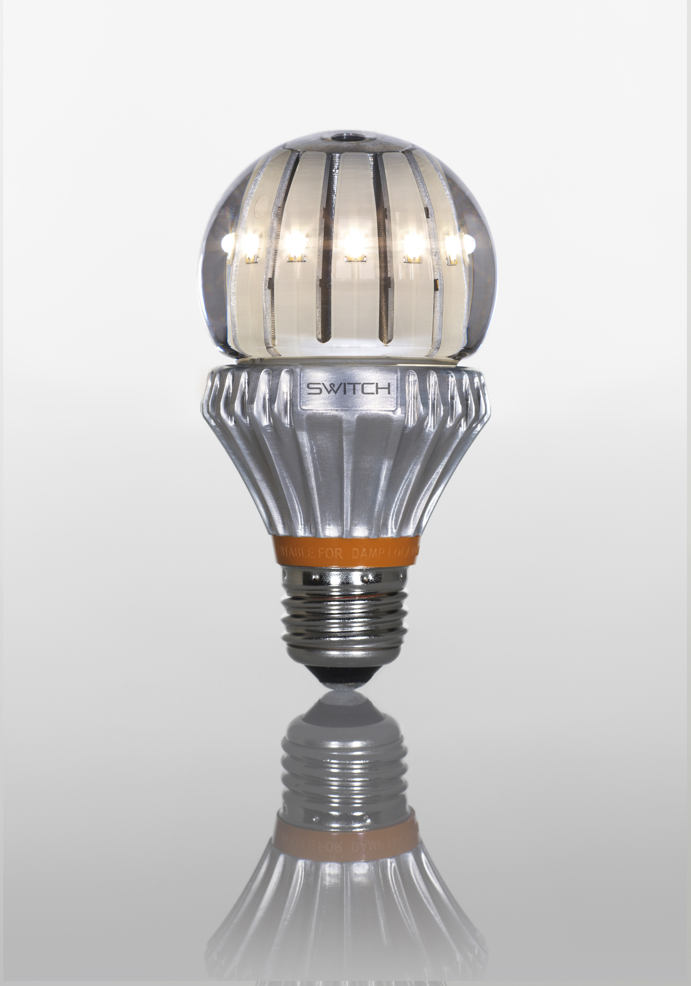 Transferring efficiency confusion into sales of efficient light bulbs Efficient light bulbs