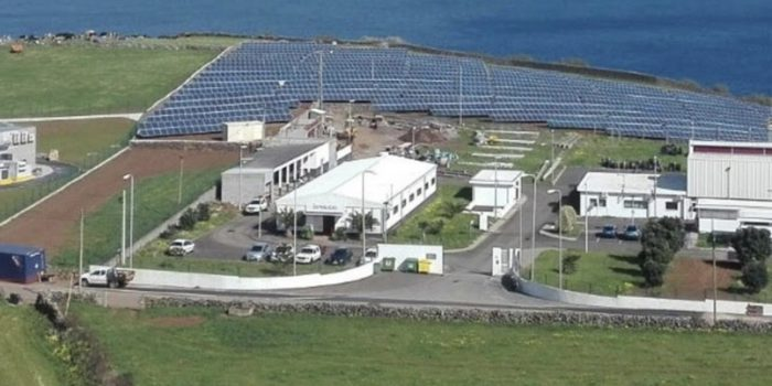 Storage is the Boss for Utility-Scale Microgrid Yielding 70% Renewables